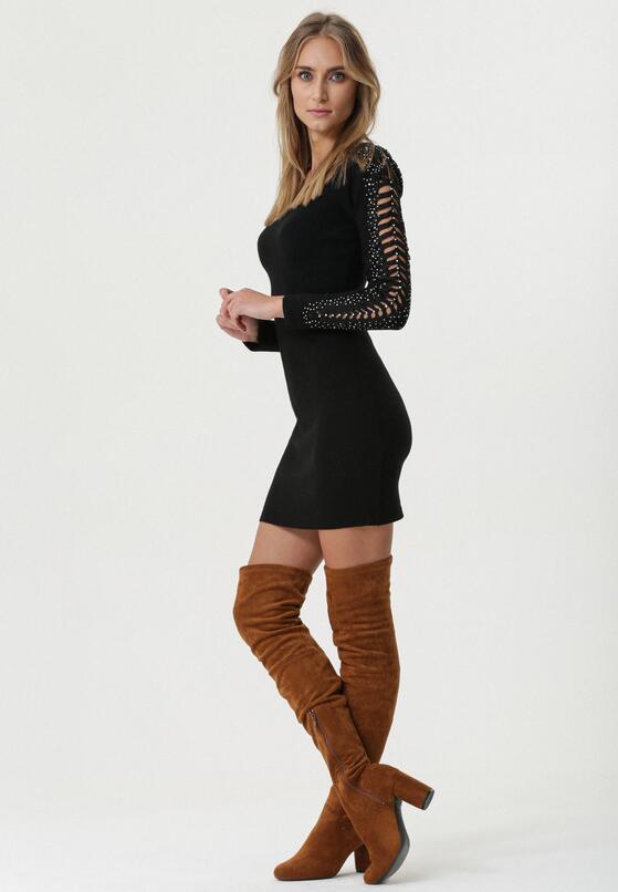 Czarna Sukienka Nessa