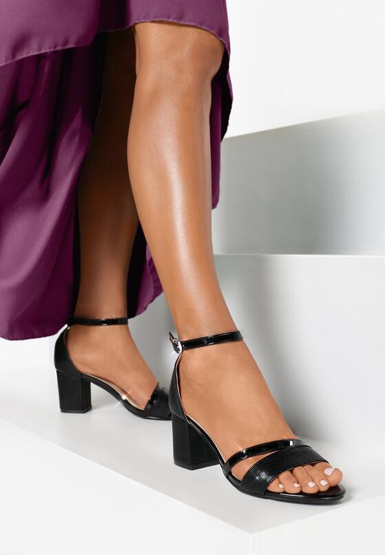 Czarne Sandały Everlive