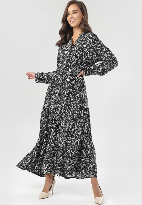 Czarno-Biała Sukienka Start Now