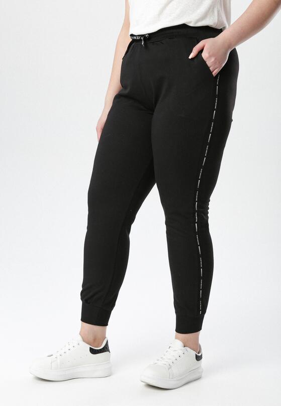 Czarne Spodnie Dresowe Crazy Fever