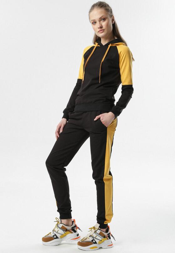 Czarno-Żółty Komplet Dresowy Calipheme