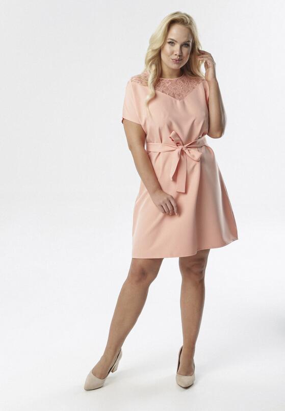 Łososiowa Sukienka Charonei