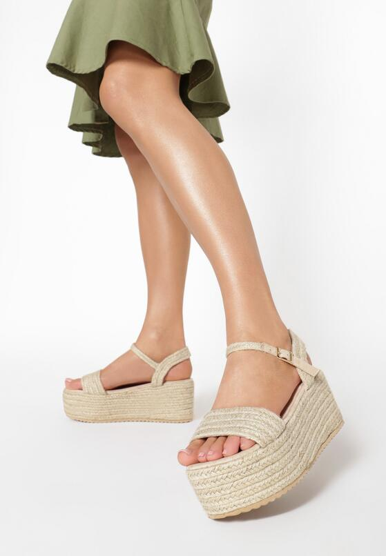 Jasnobeżowe Sandały Muriegune