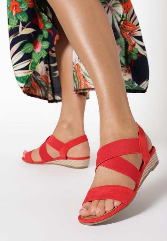 Czerwone Sandały Eireve