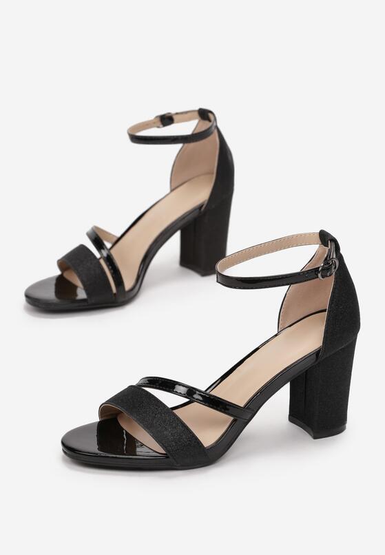 Czarne Sandały Kleonoire