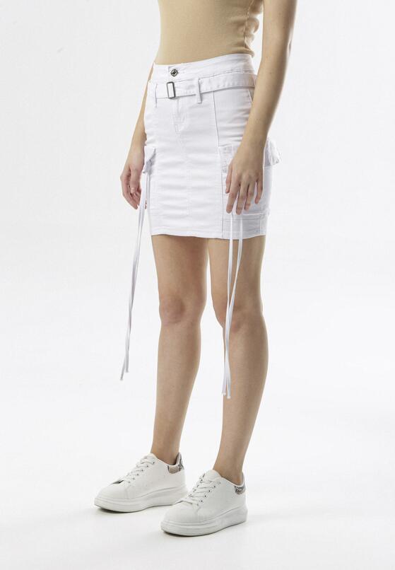 Biała Spódnica Zelirila