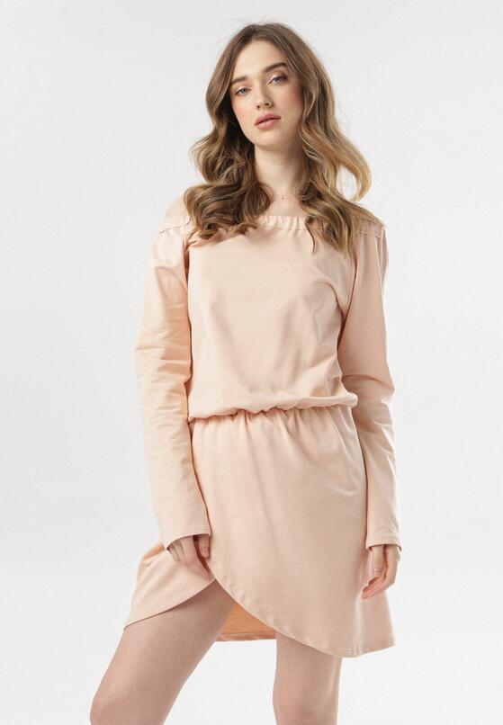 Jasnoróżowa Sukienka Metiothyia