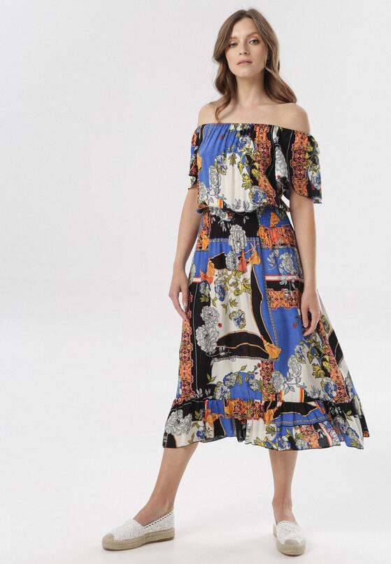 Niebieska Sukienka Mysteia