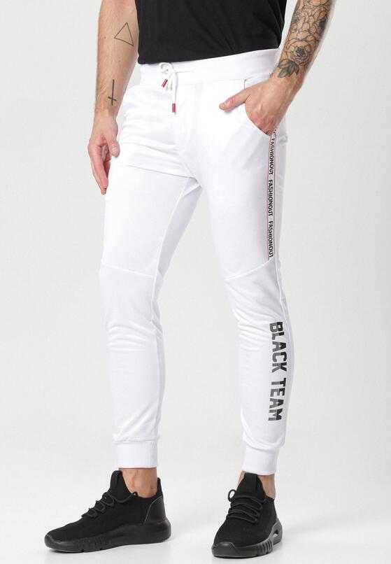 Białe Spodnie Liseis