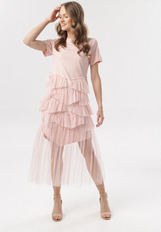 Jasnoróżowa Sukienka Yavia