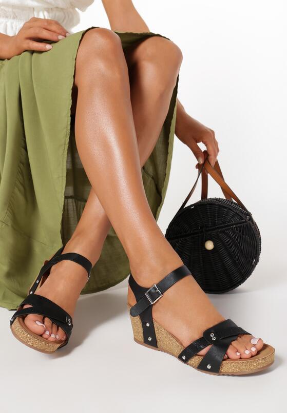 Czarne Sandały Arila