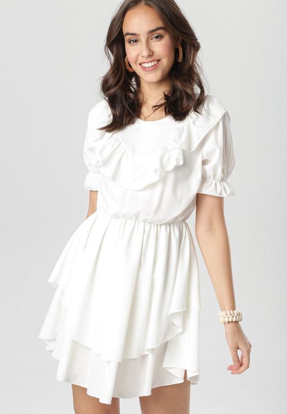 Biała Sukienka Astereisis