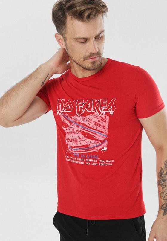 Czerwona Koszulka Adrievia