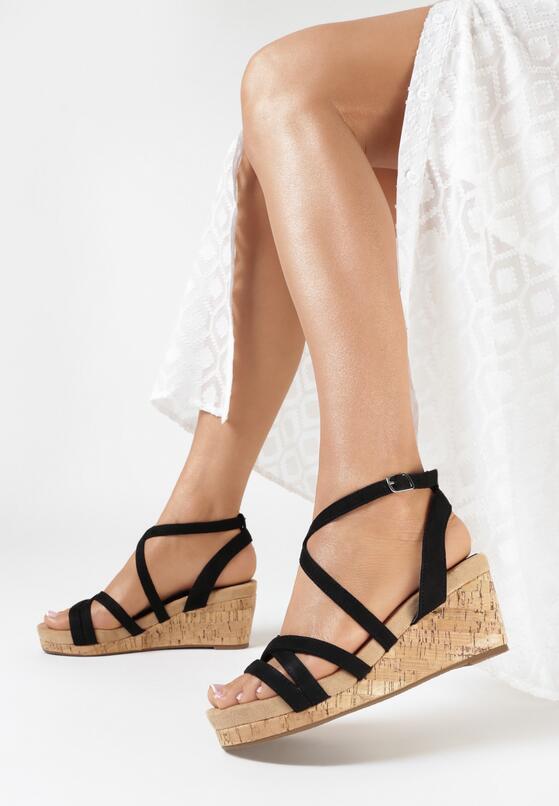 Czarne Sandały Asigonia