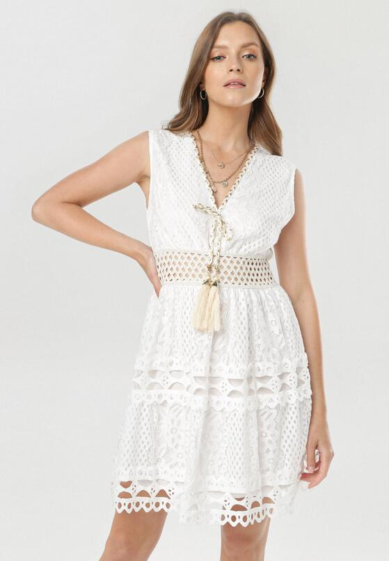 Biała Sukienka Melato