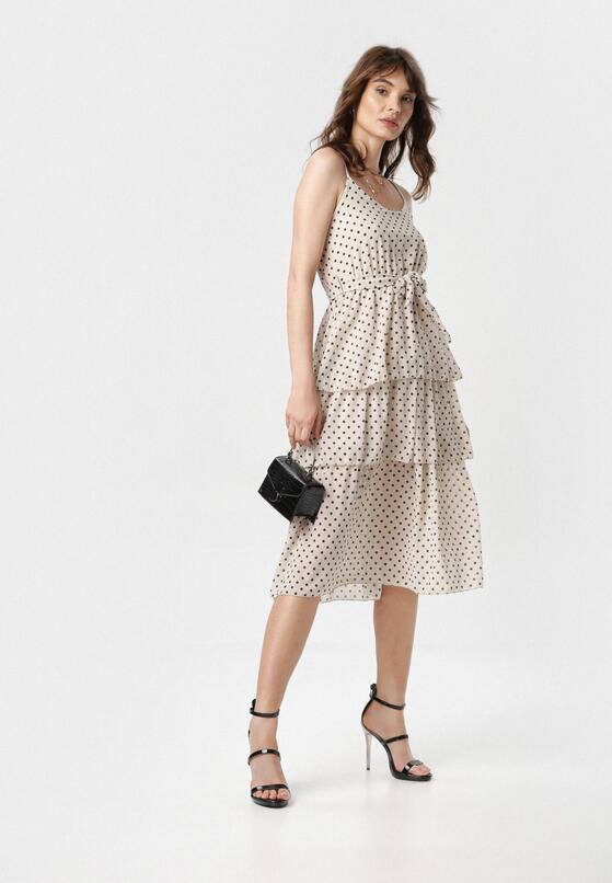 Jasnobeżowa Sukienka Doripise