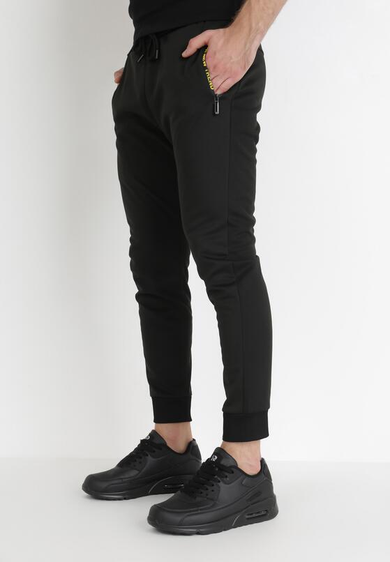 Czarne Spodnie Delmada