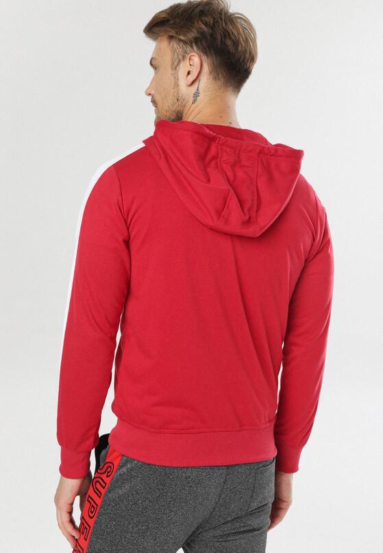 Czerwona Bluza Chelney