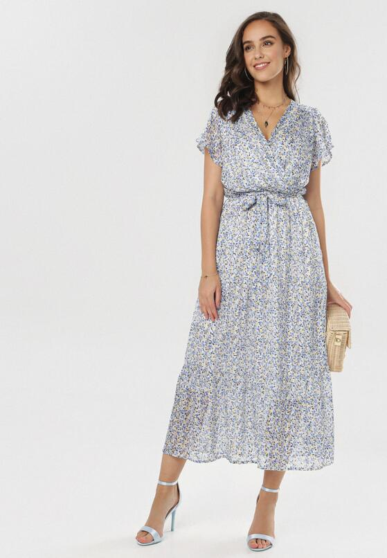 Niebieska Sukienka Phiakharei