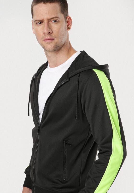 Czarno-Zielona Bluza Chelfer