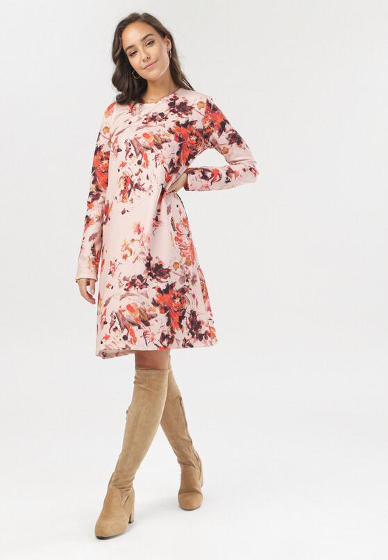 Różowo-Beżowa Sukienka Asterodia
