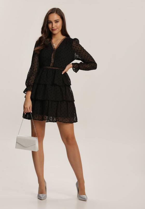 Zobacz Nasze Propozycje Na Stylizacje Z Koronkowa Sukienka Przekonaj Sie Jakie Dodatki Do Niej Dobrac By Wygladac Modnie Born2be