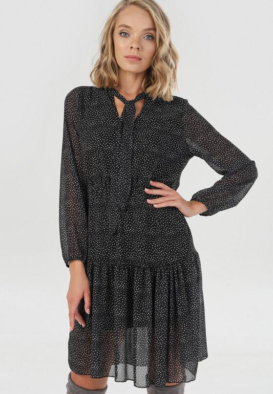 Czarna Sukienka Zaehnessa
