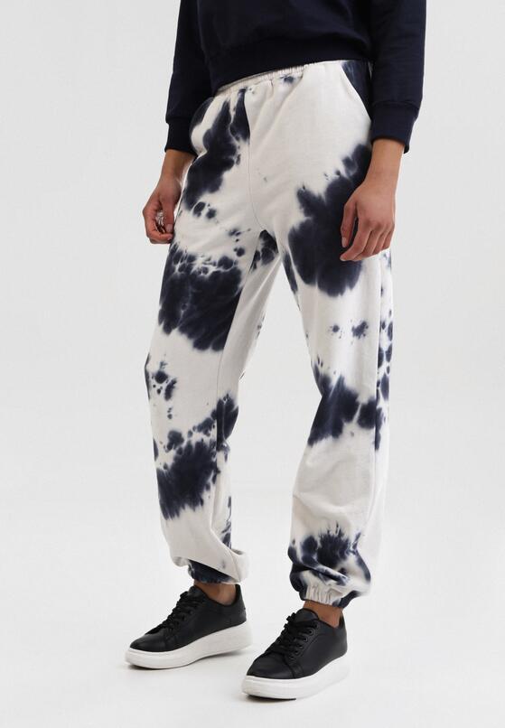 Biało-Granatowe Spodnie Dresowe Qhesanya