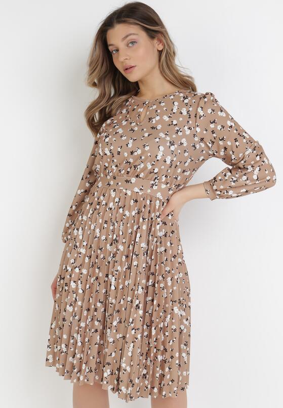 Beżowa Sukienka Lynnania