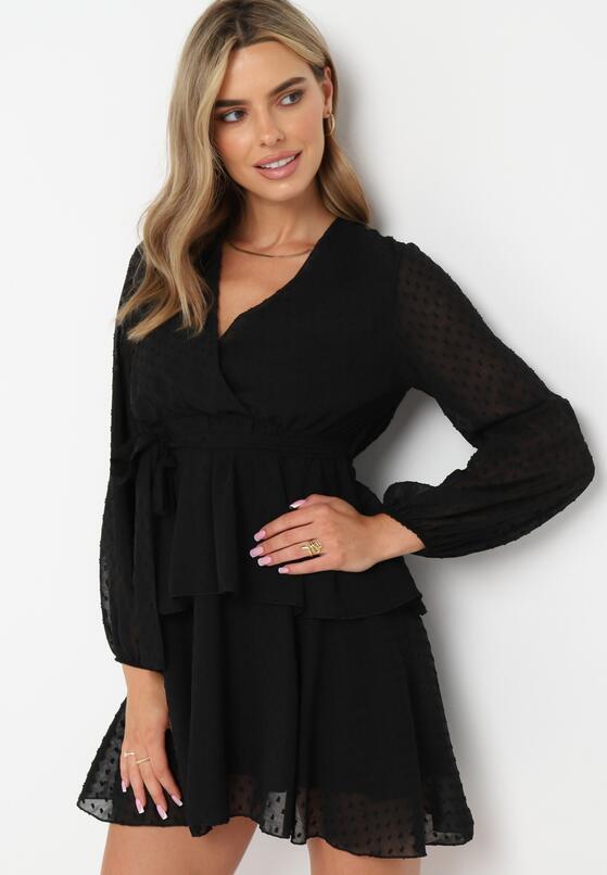Czarna Sukienka Sharpblaze