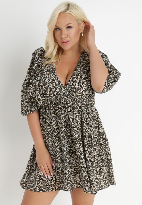 Jasnobeżowa Sukienka Doriliphis