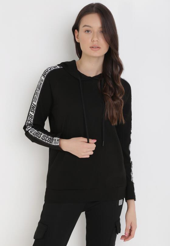 Czarna Bluza Myrithithe