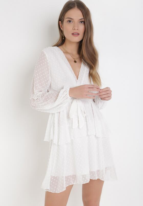 Biała Sukienka Sharpblaze