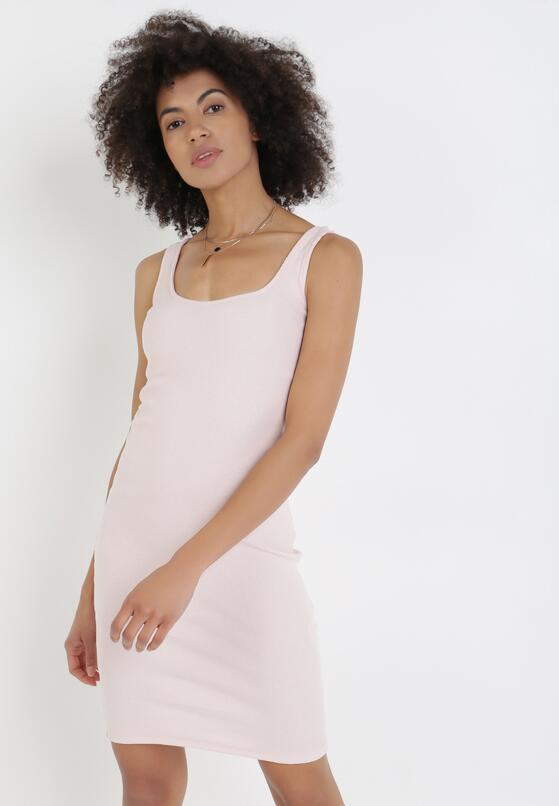 Jasnoróżowa Sukienka Pasose