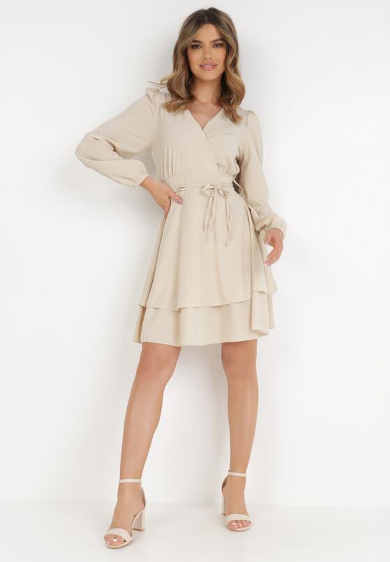 Beżowa Sukienka Holaqen