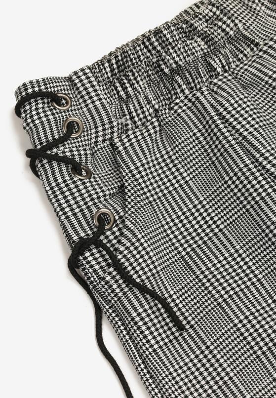 Czarno-Białe Spodnie Pheraxaura
