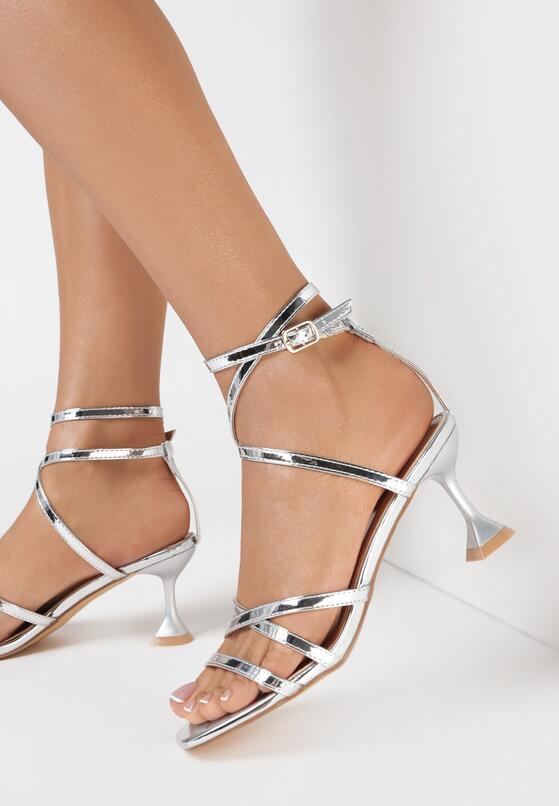 Srebrne Sandały Nesais