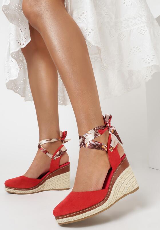 Czerwone Sandały Prixephila