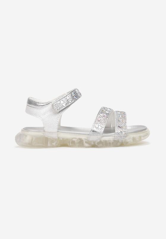 Białe Sandały Idaphishae