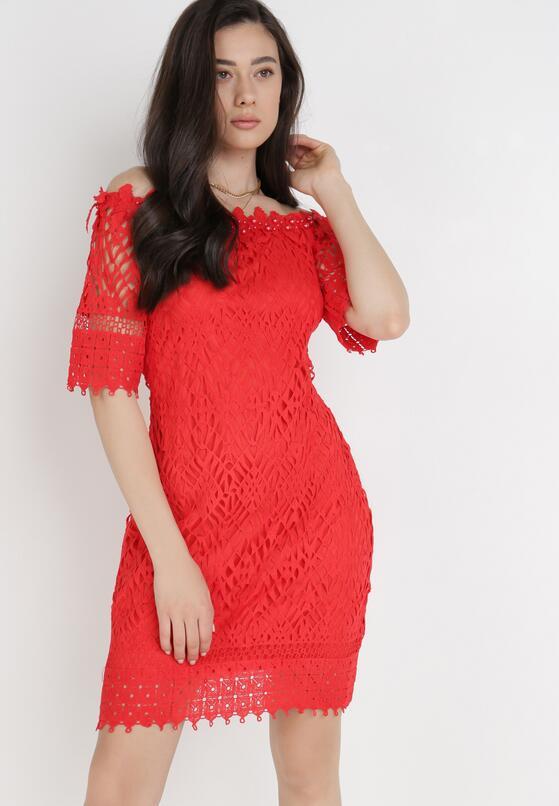 Czerwona Sukienka Philelaus