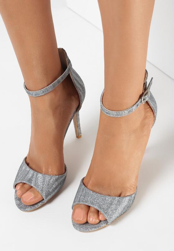Srebrne Sandały Chruldiva