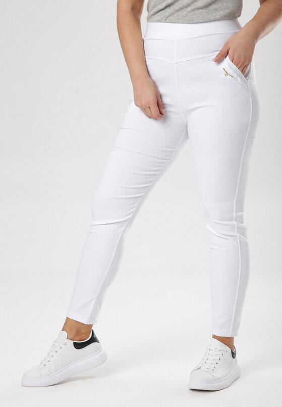 Białe Spodnie Rhaemis
