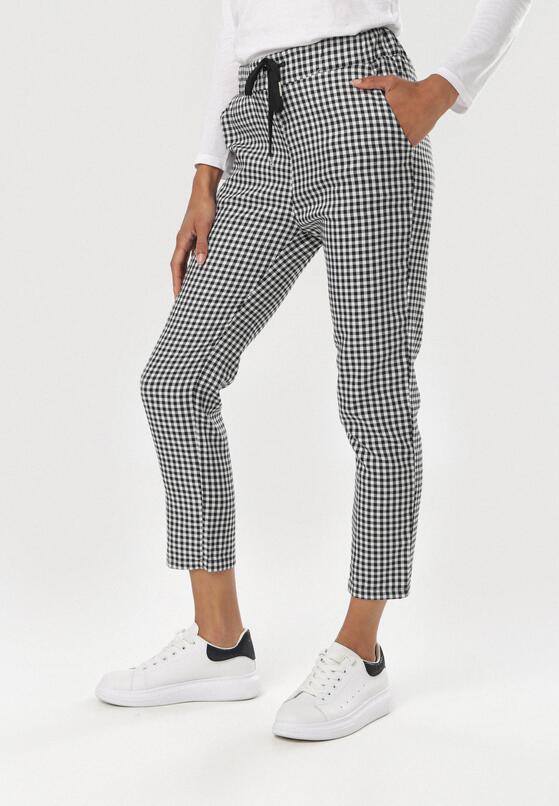 Czarno-Białe Spodnie Molcine