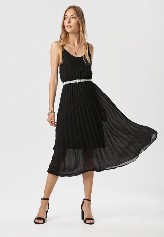 Czarna Sukienka Uhrtyse