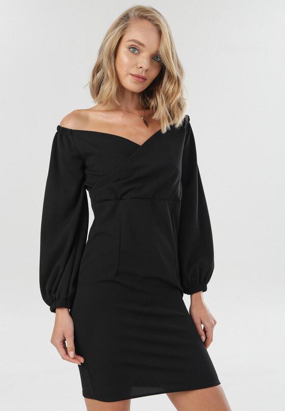 Czarna Sukienka Omathana