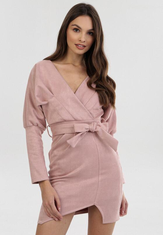 Różowa Sukienka Ryrvienne