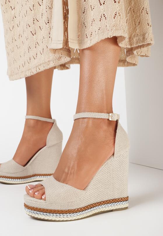 Beżowe Sandały Alethrypso