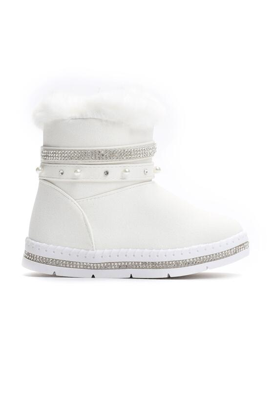 Białe Śniegowce Type To Type