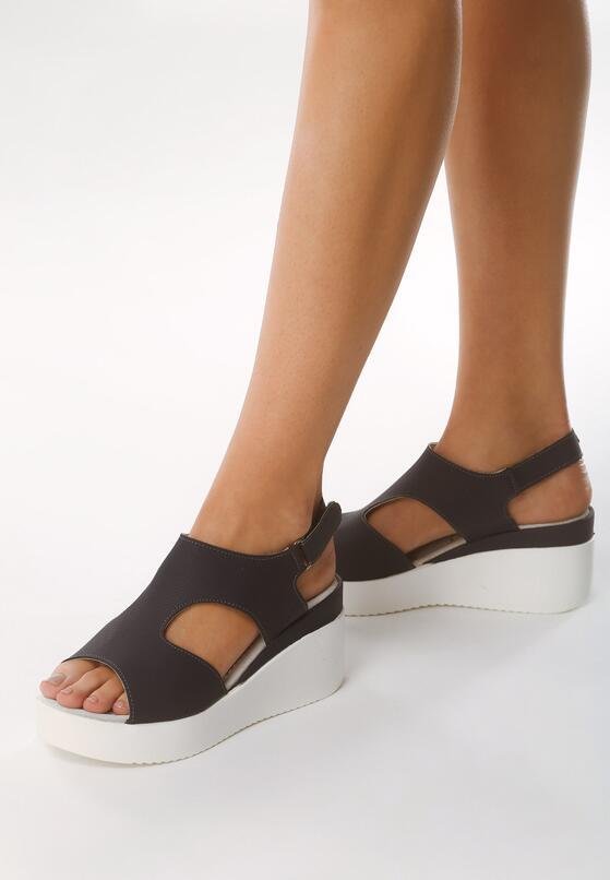 Granatowe Sandały Obtainable