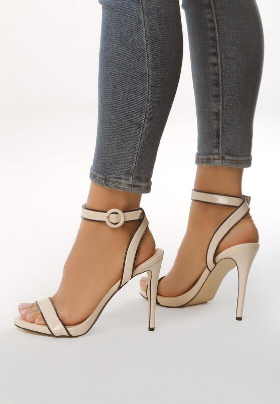 Beżowe Sandały Stinger